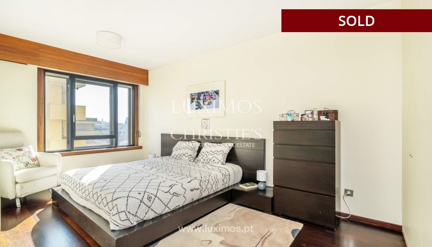 Apartamento con balcón, en venta, en Boavista, Portugal_155594