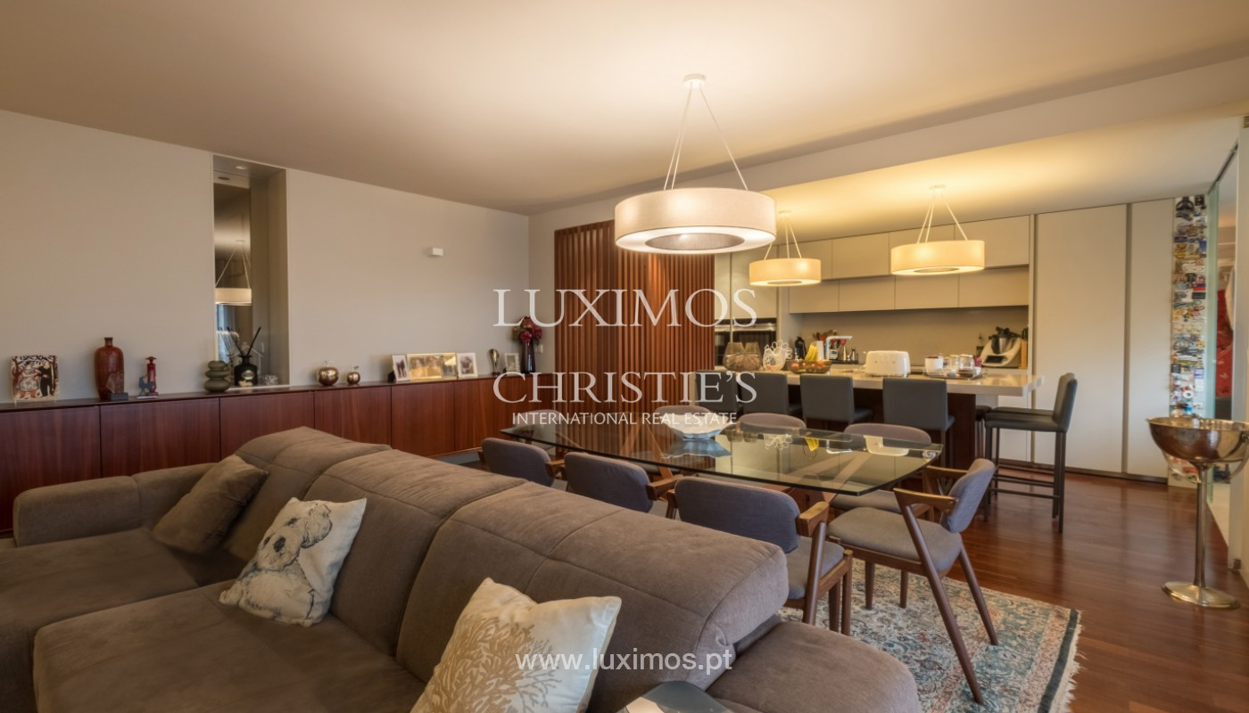 Apartment with balcony, for sale, in noble area of Foz do Douro, Porto, Portugal_155907