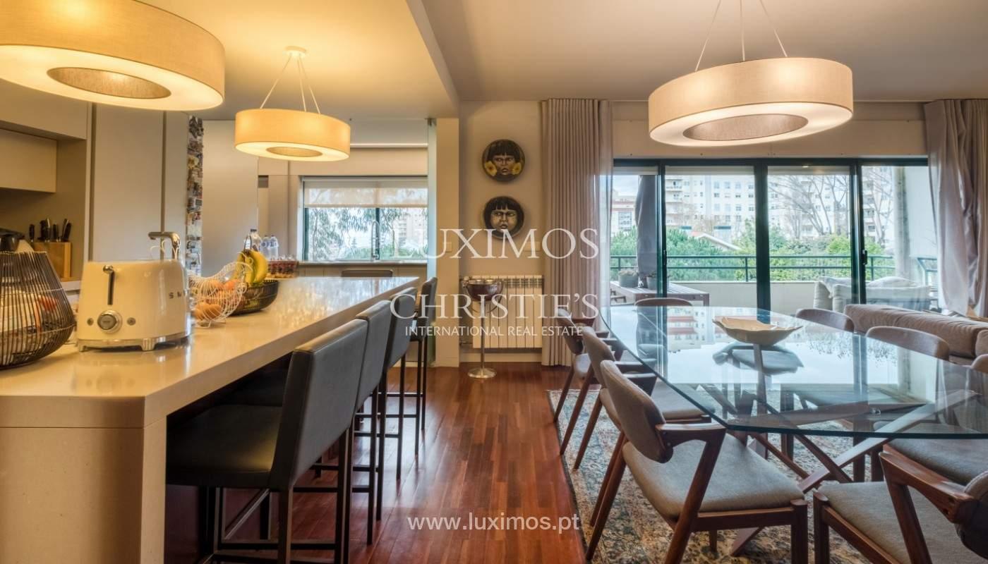 Appartement avec balcon, à vendre, dans le quartier noble de Foz do Douro, Porto, Portugal_155910