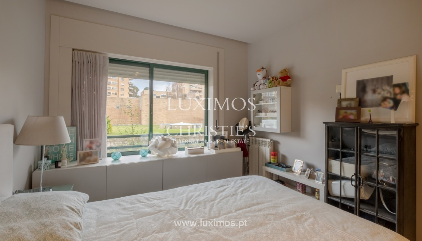 Apartment with balcony, for sale, in noble area of Foz do Douro, Porto, Portugal_155916
