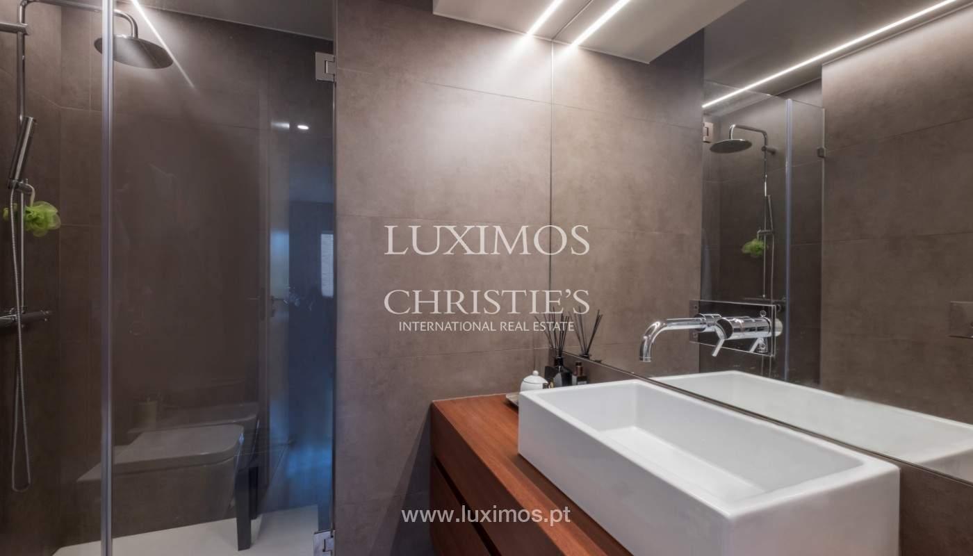 Appartement avec balcon, à vendre, dans le quartier noble de Foz do Douro, Porto, Portugal_155917
