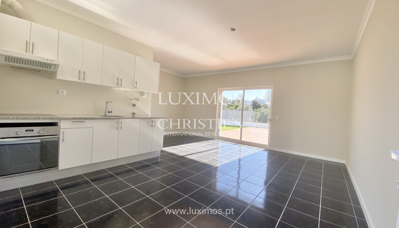 Casa con piscina, en venta, Santa Barbara de Nexe, Algarve_156228