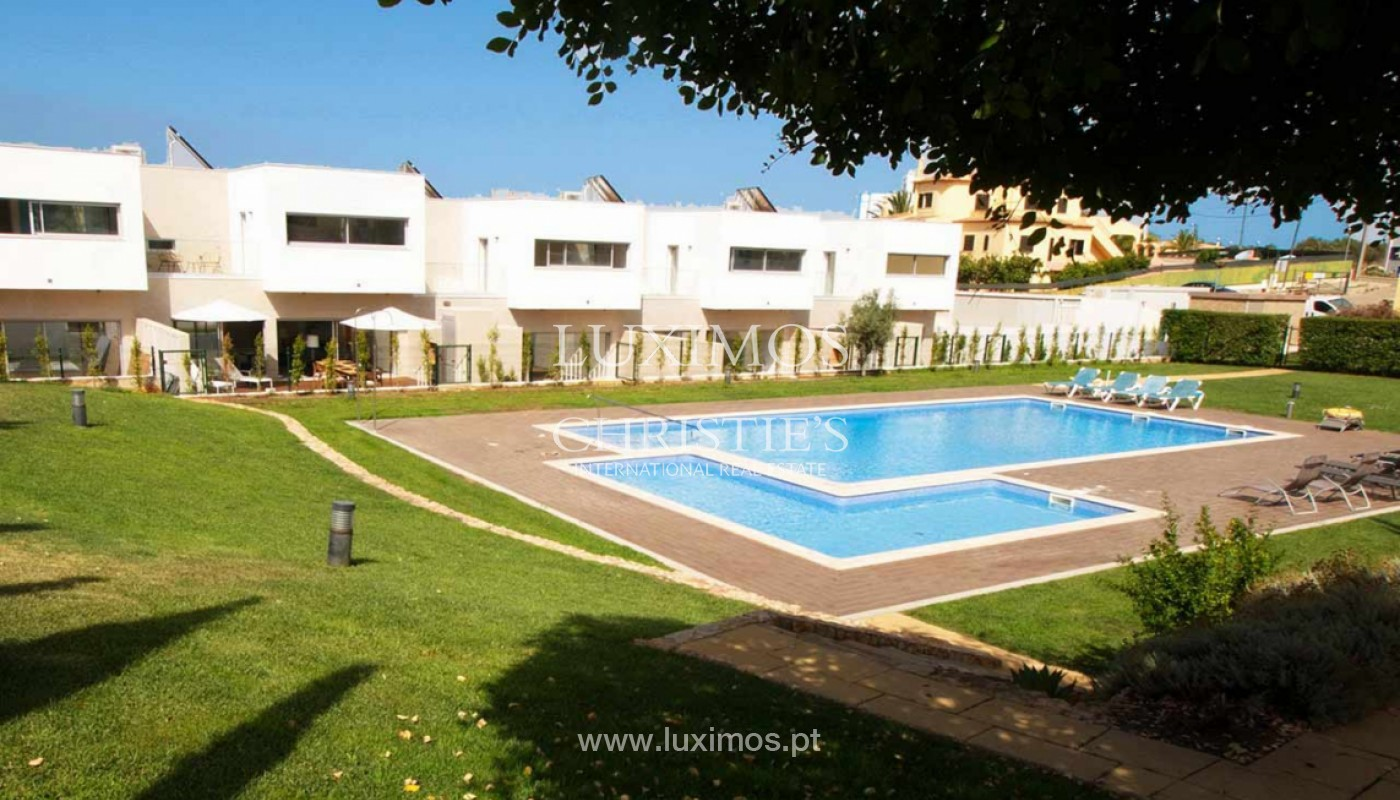 Villa with 3 Bedrooms, in private condominium, for sale, Ferragudo, Algarve_156254