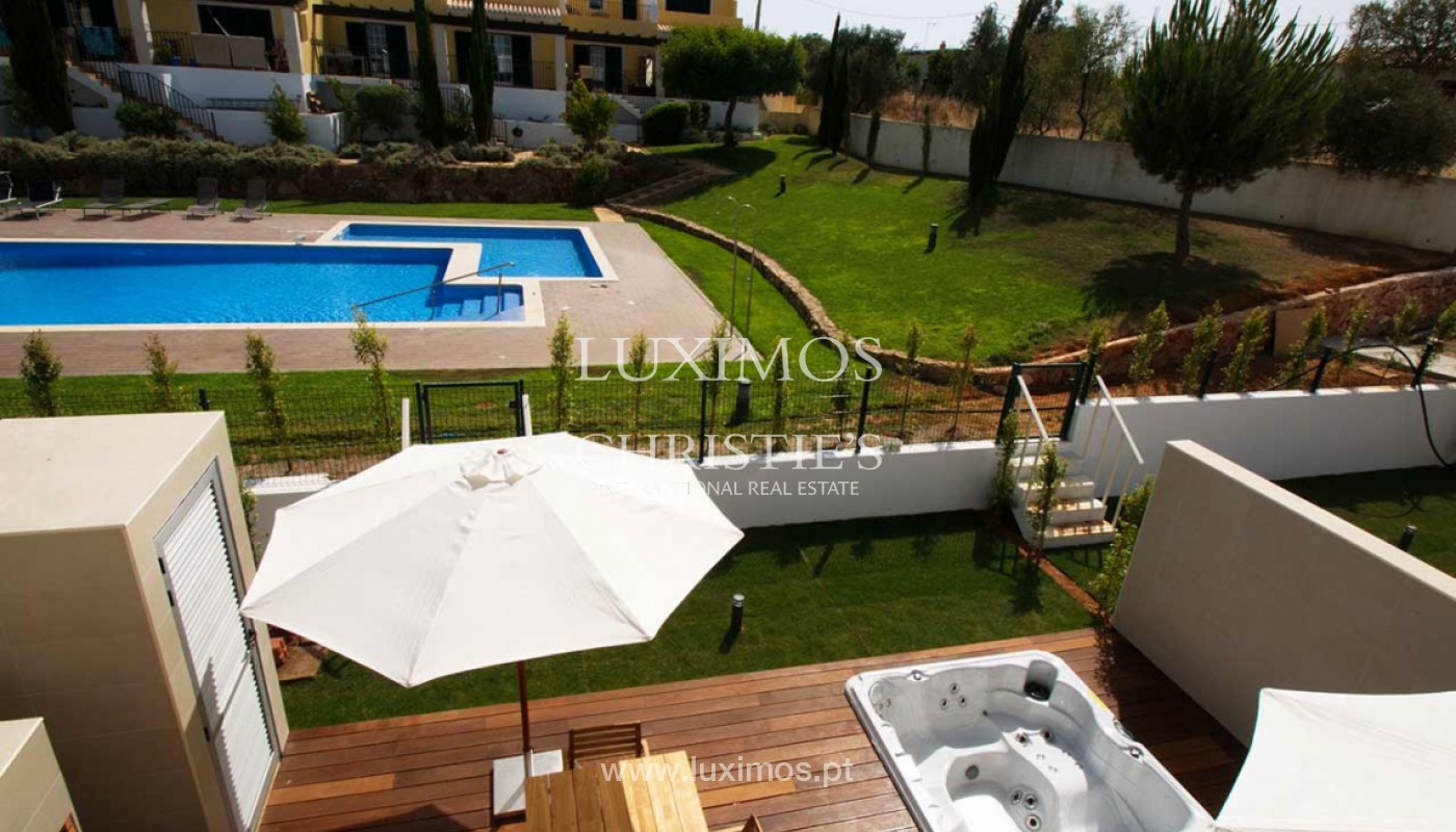 Villa with 3 Bedrooms, in private condominium, for sale, Ferragudo, Algarve_156263