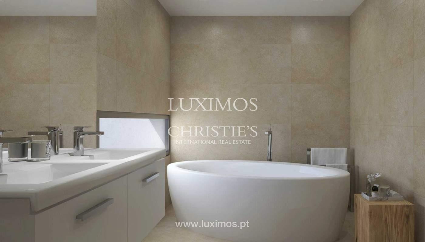 Villa with 3 Bedrooms, in private condominium, for sale, Ferragudo, Algarve_156315