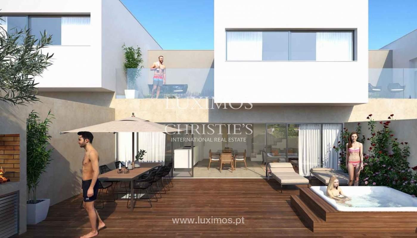 Villa with 3 Bedrooms, in private condominium, for sale, Ferragudo, Algarve_156322