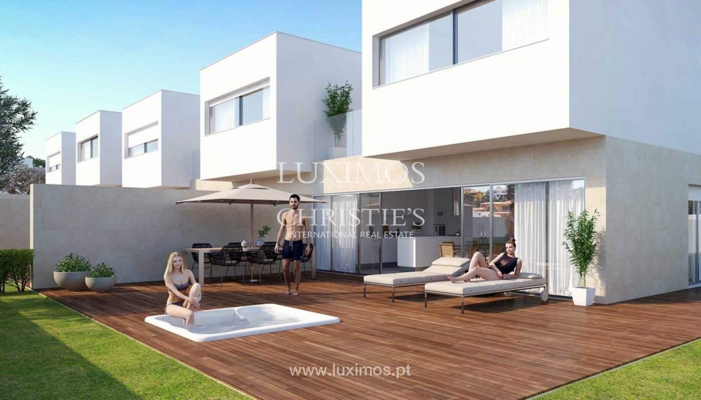 Villa with 3 Bedrooms, in private condominium, for sale, Ferragudo, Algarve_156324
