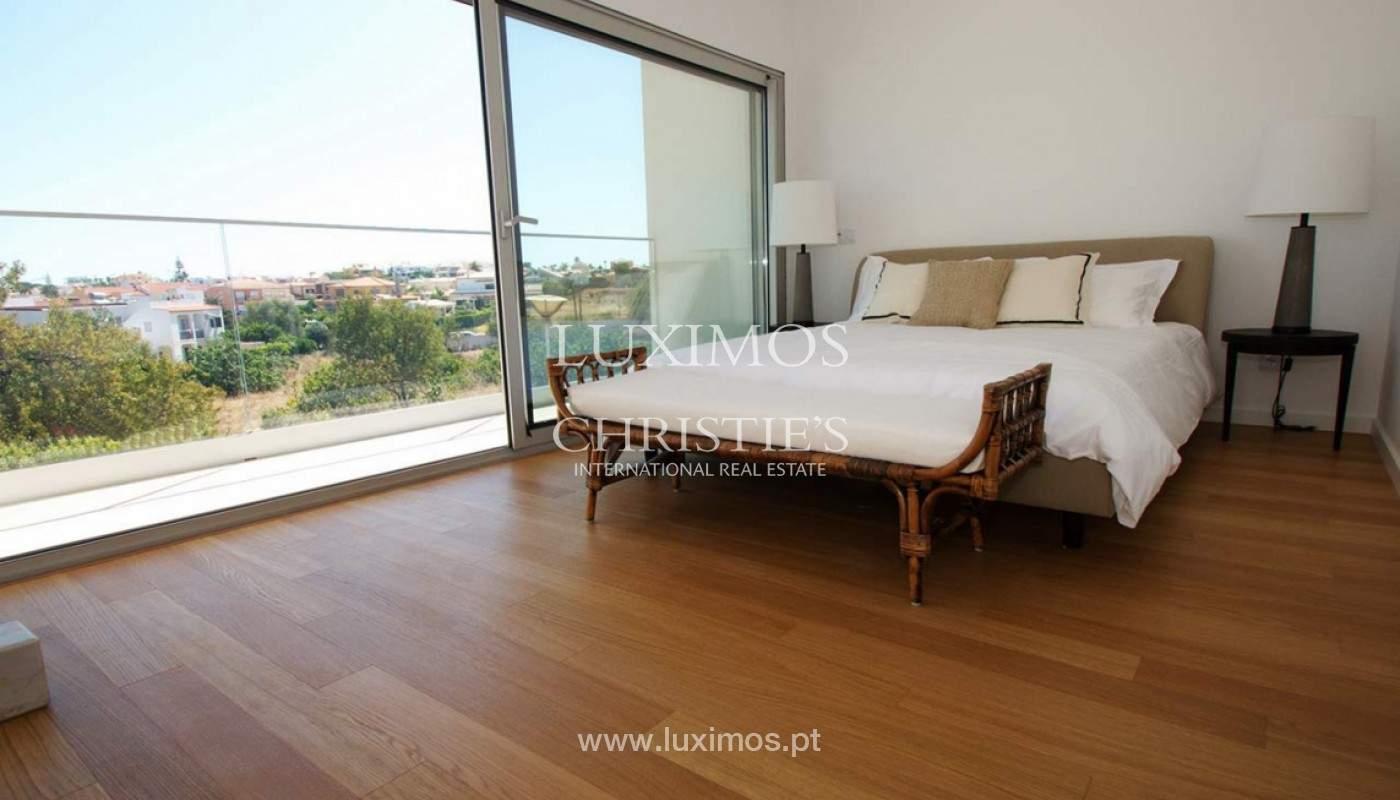 Villa with 3 Bedrooms, in private condominium, for sale, Ferragudo, Algarve_156329