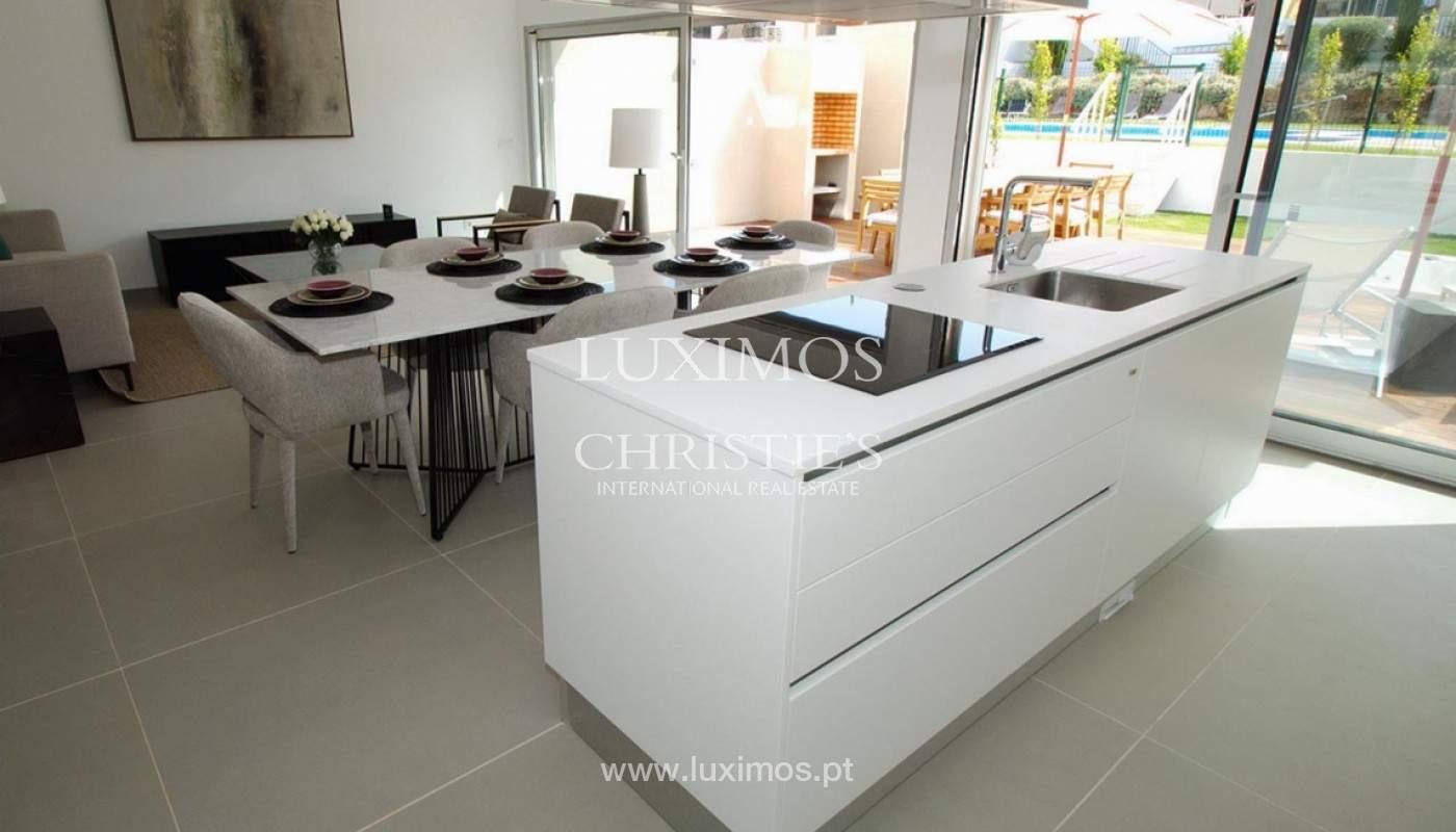 Villa with 3 Bedrooms, in private condominium, for sale, Ferragudo, Algarve_156334