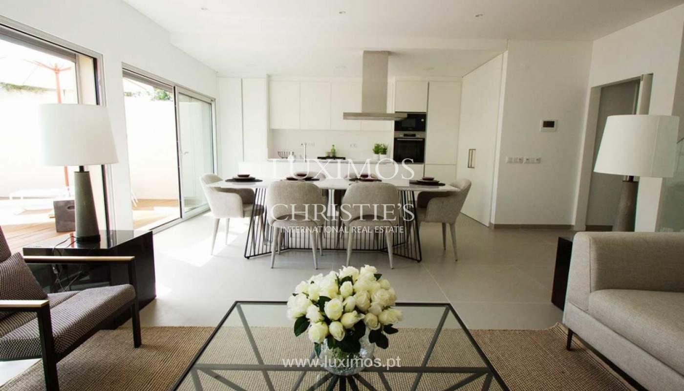 Villa with 3 Bedrooms, in private condominium, for sale, Ferragudo, Algarve_156335