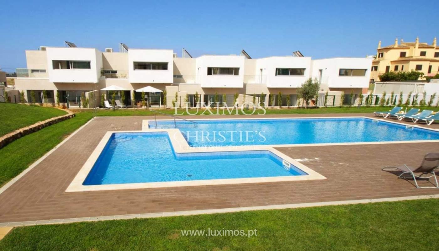 Villa with 3 Bedrooms, in private condominium, for sale, Ferragudo, Algarve_156336