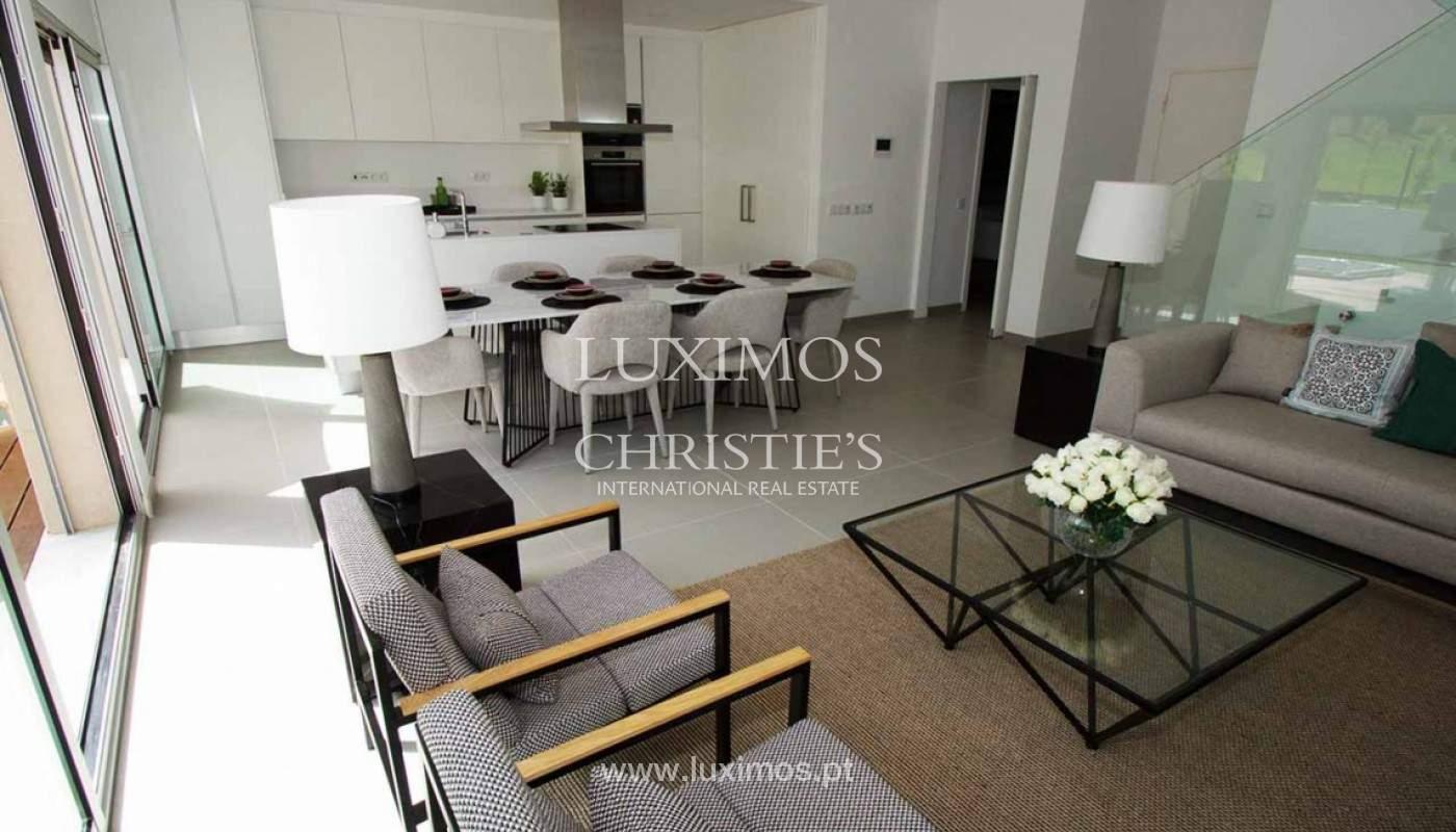 Villa with 3 Bedrooms, in private condominium, for sale, Ferragudo, Algarve_156338