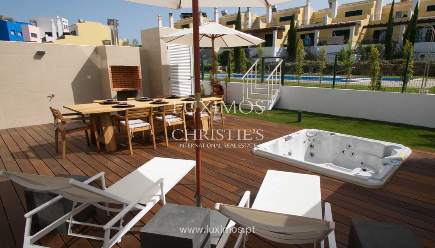 Villa with 3 Bedrooms, in private condominium, for sale, Ferragudo, Algarve_156350