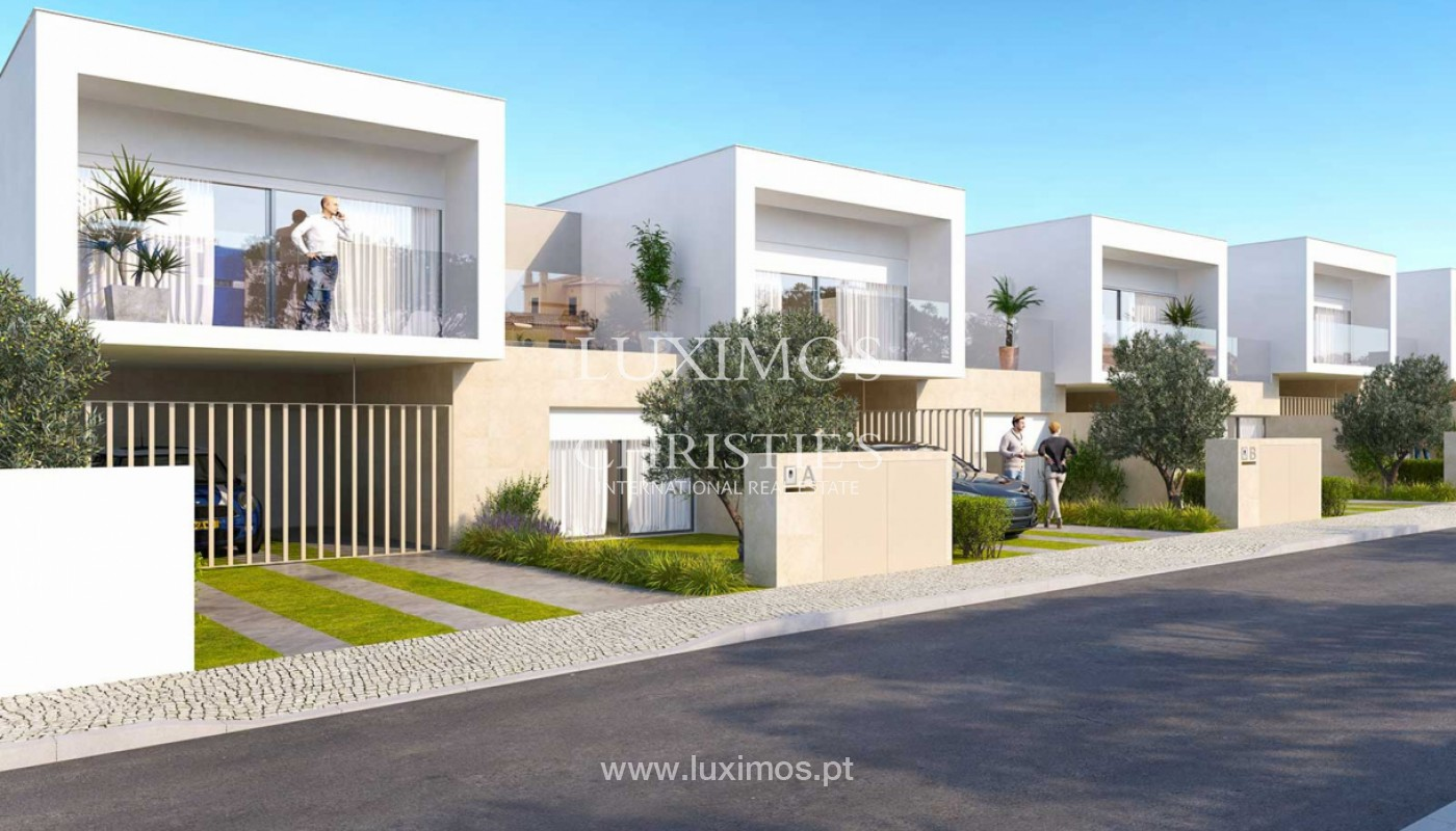 Villa with 3 Bedrooms, in private condominium, for sale, Ferragudo, Algarve_156353