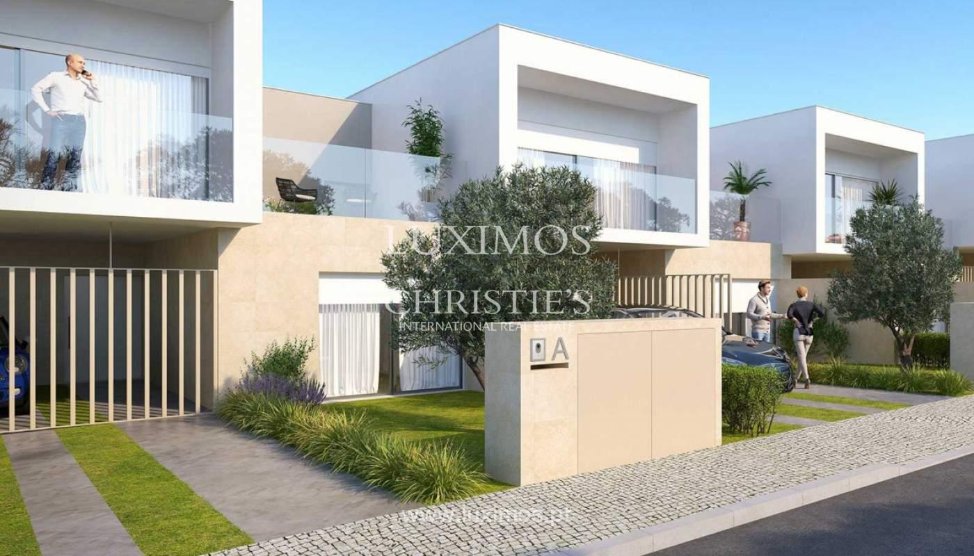 Villa with 3 Bedrooms, in private condominium, for sale, Ferragudo, Algarve_156356