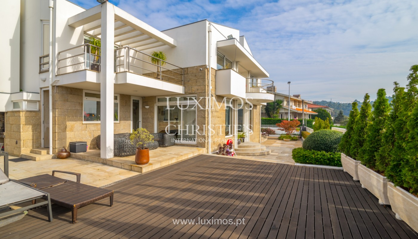 Villa with garden and pool, for sale, in Valbom, Porto, Portugal_156829