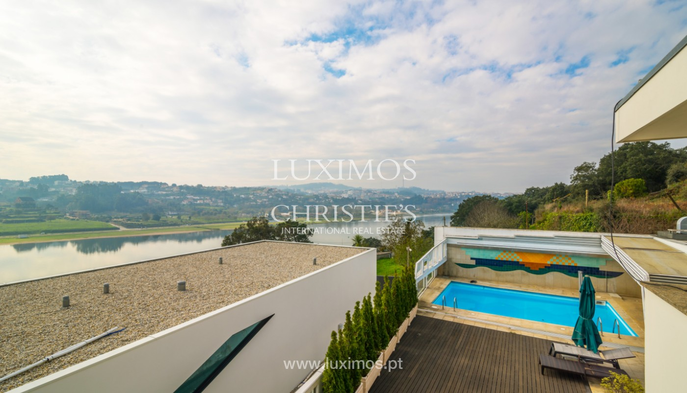 Villa with garden and pool, for sale, in Valbom, Porto, Portugal_156842