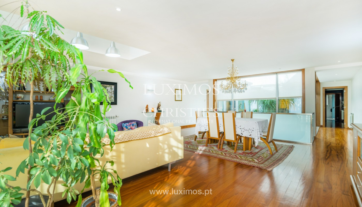 Modern villa with pool and garden, for sale, in Canidelo, Porto, Portugal_157485
