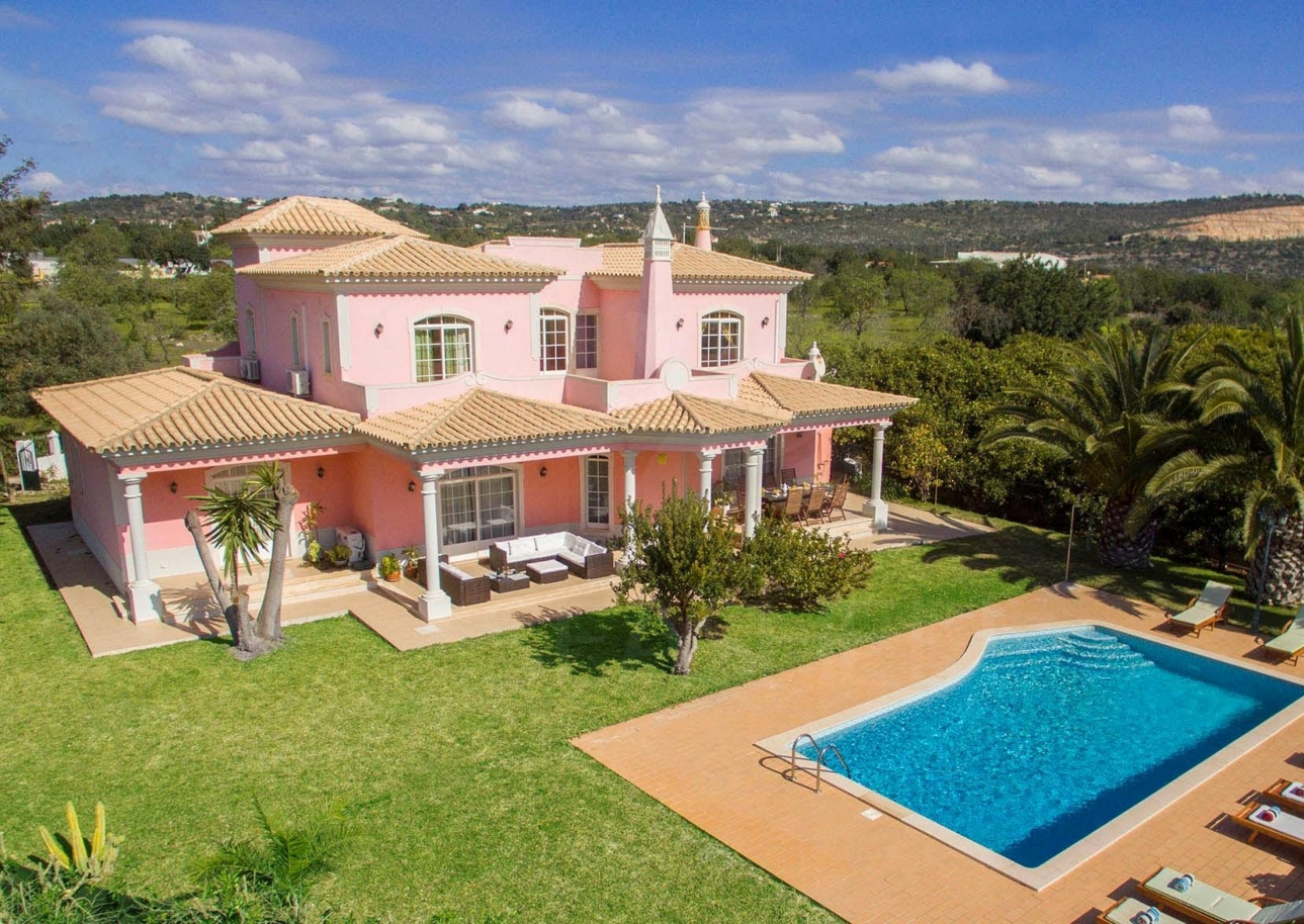 farm-with-4-bedroom-villa-and-large-plot-bolqueime-algarve