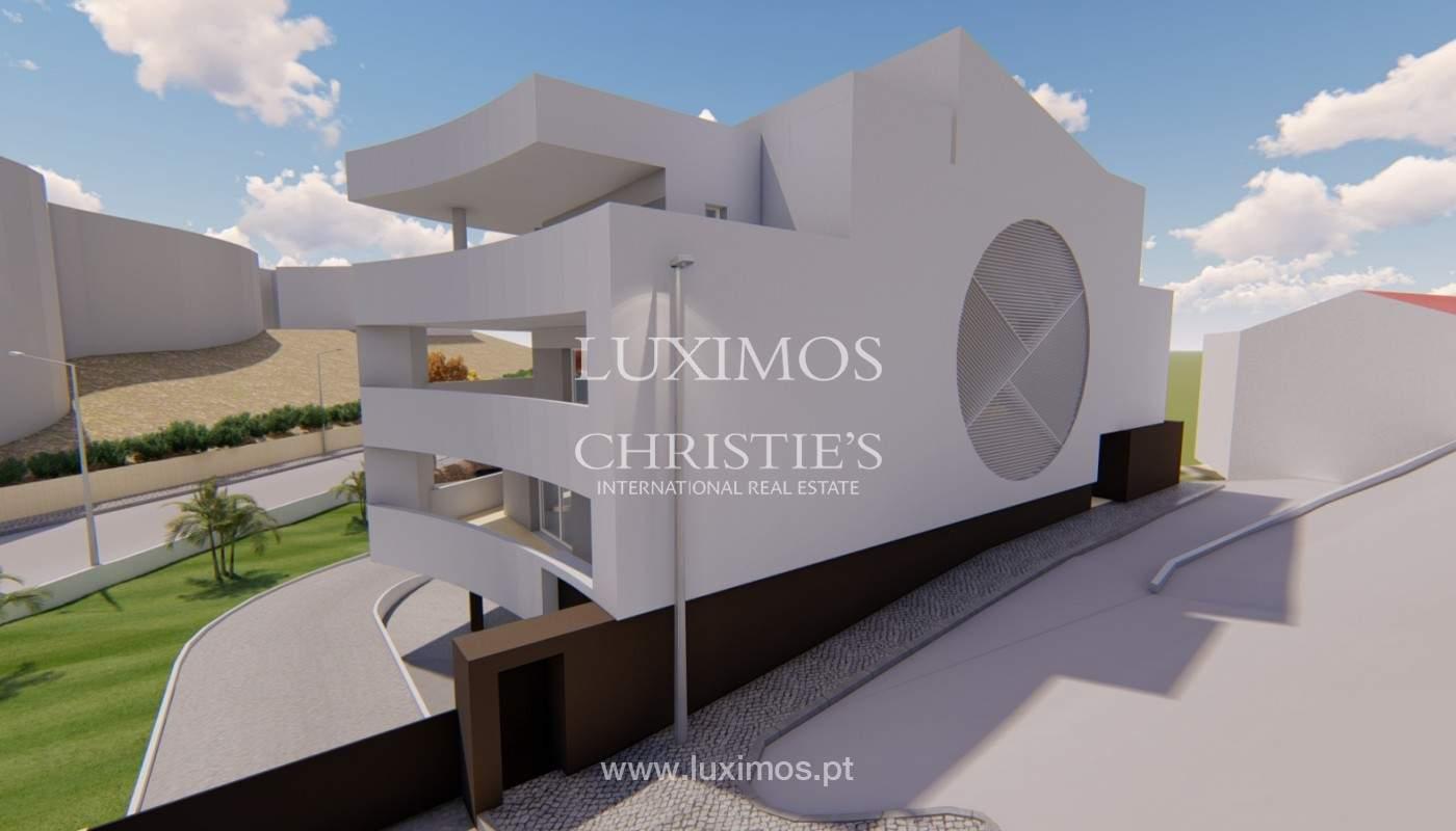 New 3 bedroom apartment, private condominium, Lagos, Algarve_158581