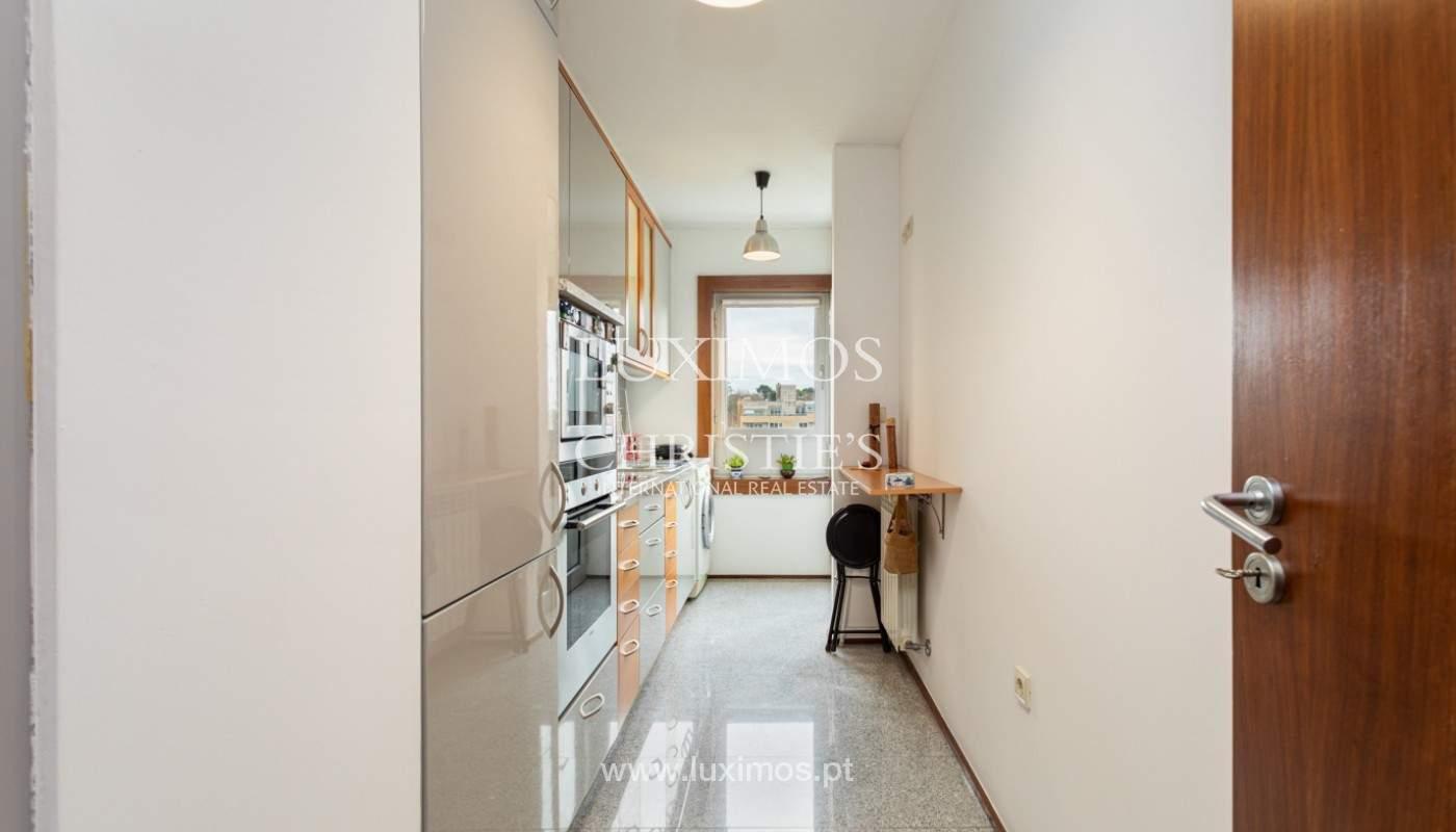 Wohnung mit Balkon, zu verkaufen, in Lordelo do Ouro, Porto, Portugal_158725
