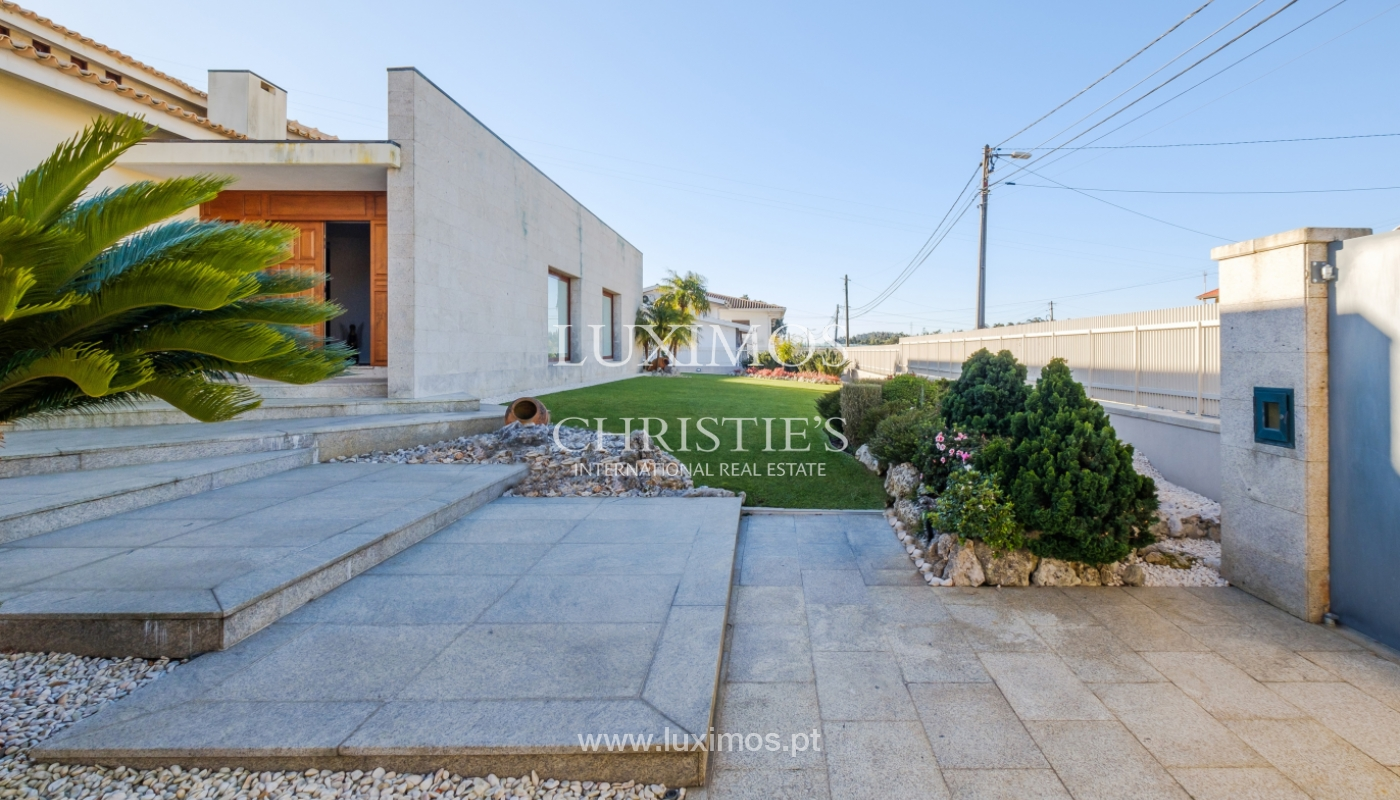 Villa with garden and pool, for sale, Mozelos, North of Portugal_159022