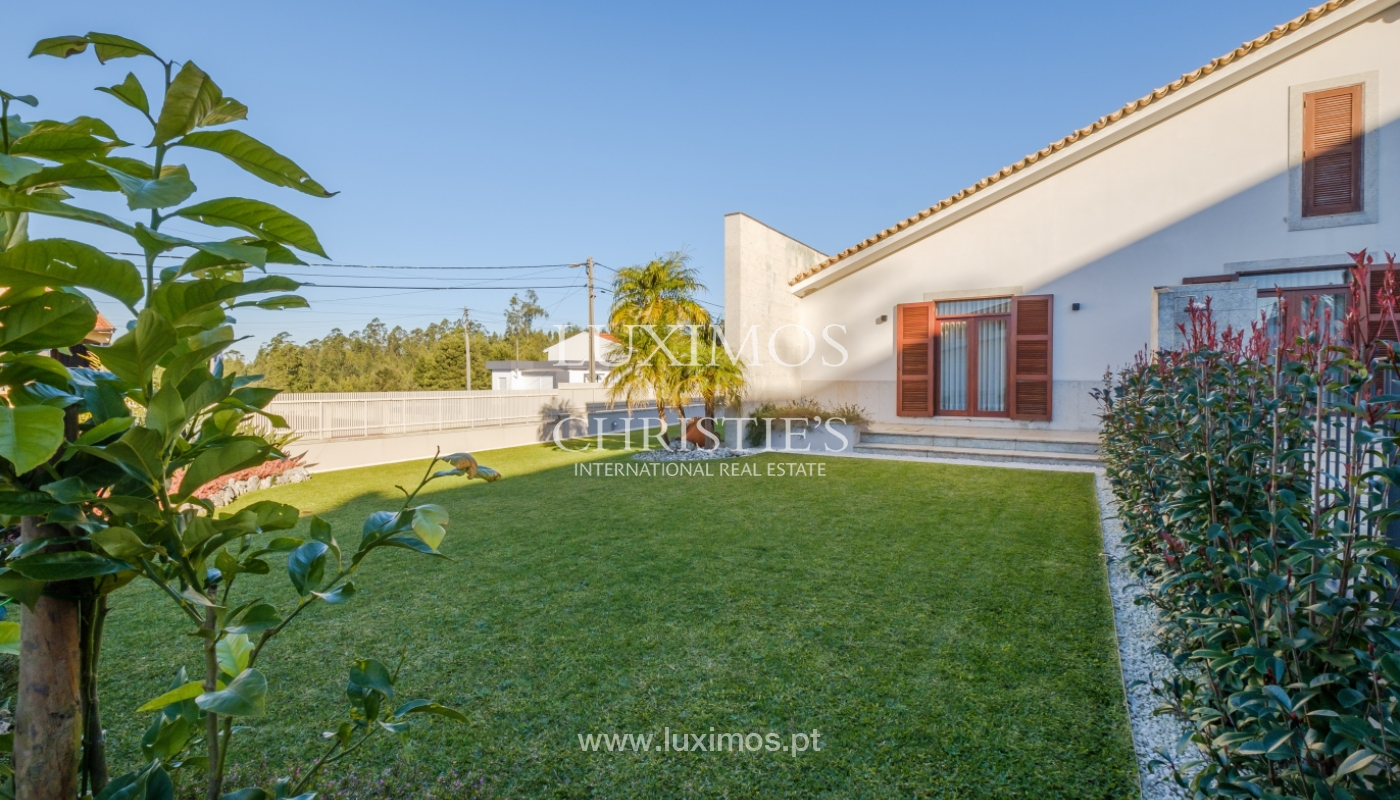 Villa with garden and pool, for sale, Mozelos, North of Portugal_159026