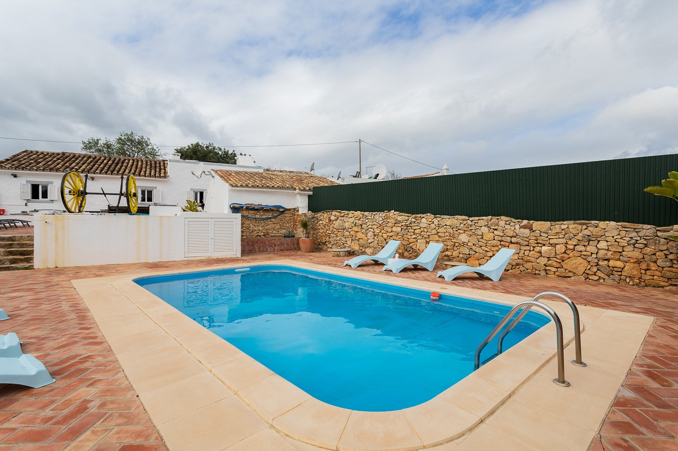 rustic-house-with-swimming-pool-and-mountain-view-estoi-faro-algarve