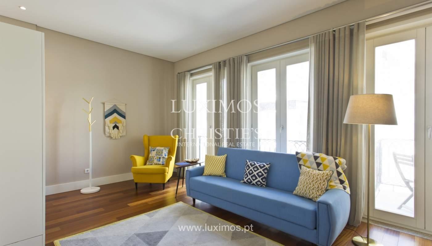 Apartamento com varanda, para venda, no Centro Histórico do Porto_159189
