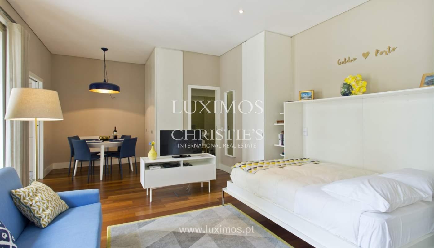 Apartamento com varanda, para venda, no Centro Histórico do Porto_159199