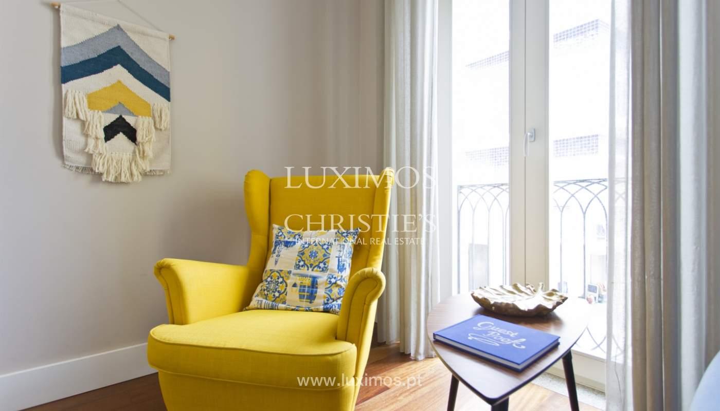 Apartamento com varanda, para venda, no Centro Histórico do Porto_159202