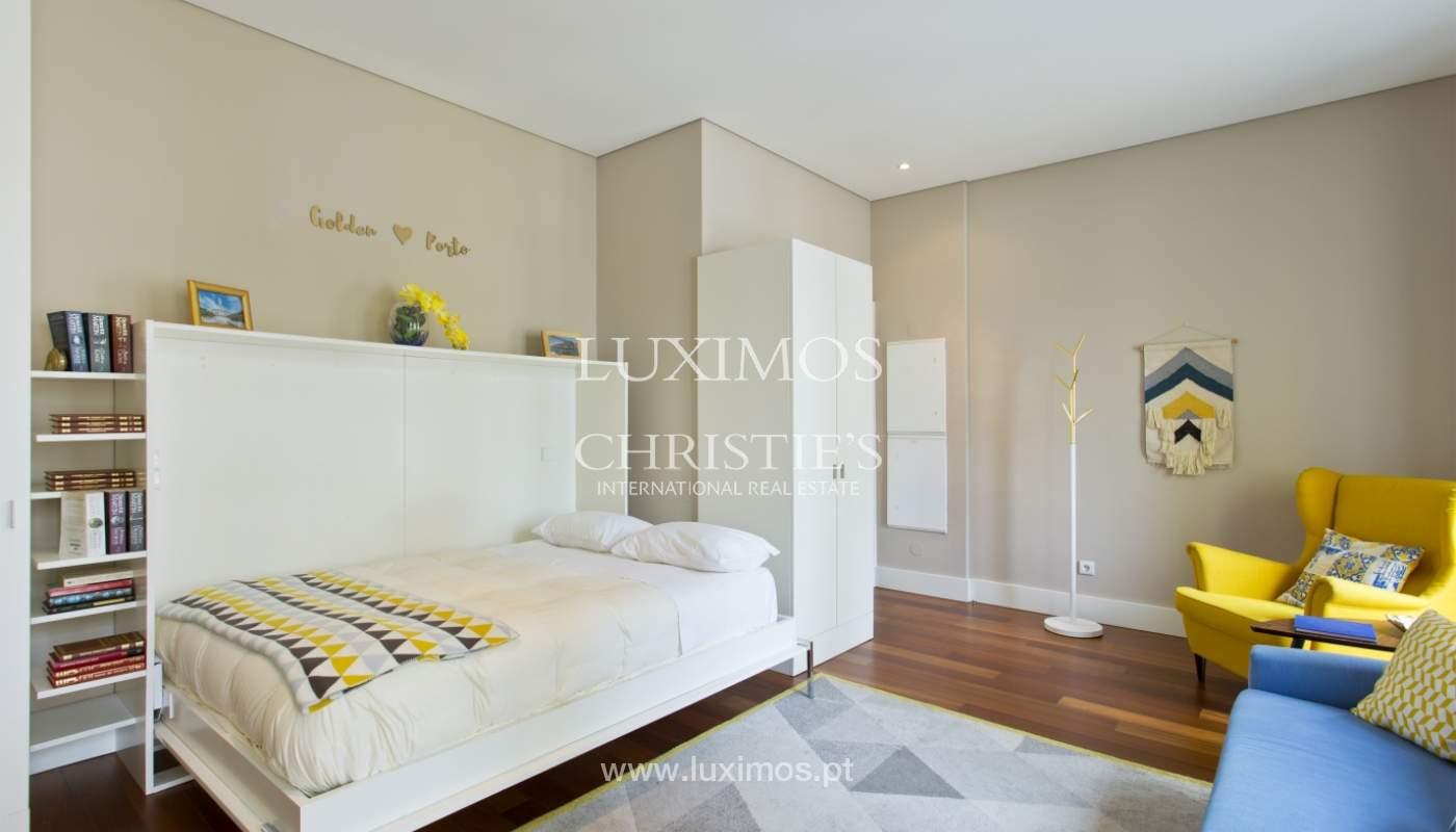 Apartamento com varanda, para venda, no Centro Histórico do Porto_159204