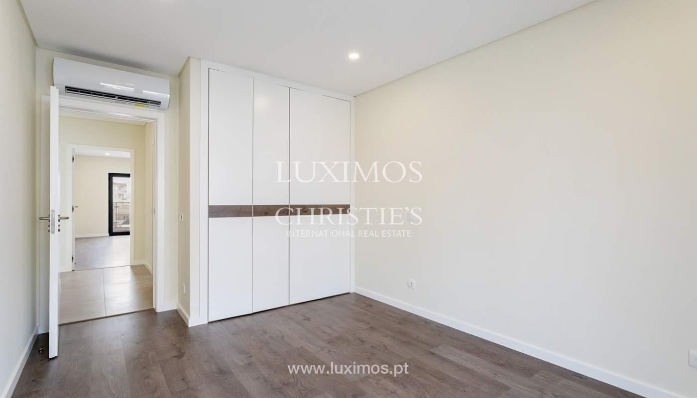 Modernes 4-Zimmer-Apartment, mit teilweisem Blick auf die Ria Formosa, Faro, Algarve_159439