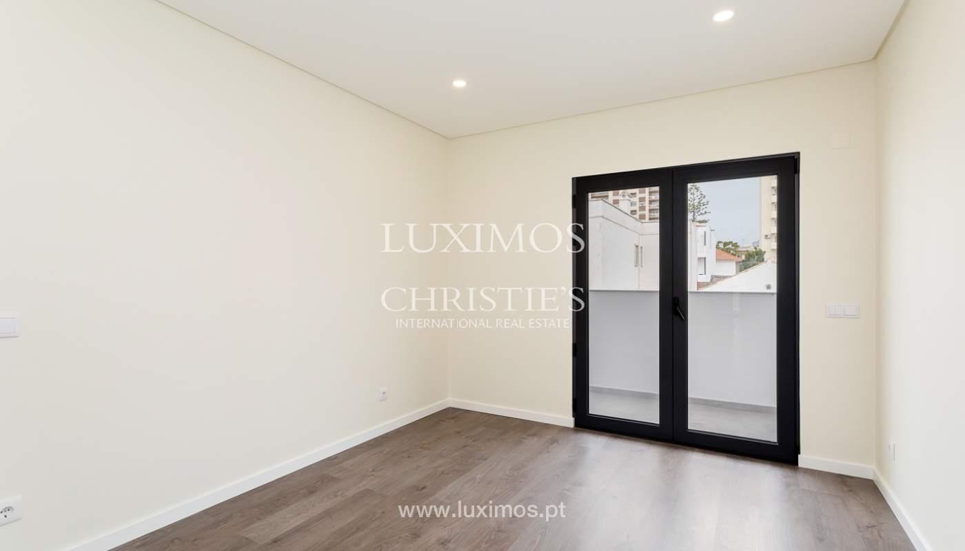 Modernes 4-Zimmer-Apartment, mit teilweisem Blick auf die Ria Formosa, Faro, Algarve_159440