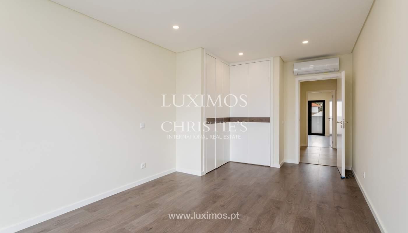 Modernes 4-Zimmer-Apartment, mit teilweisem Blick auf die Ria Formosa, Faro, Algarve_159445