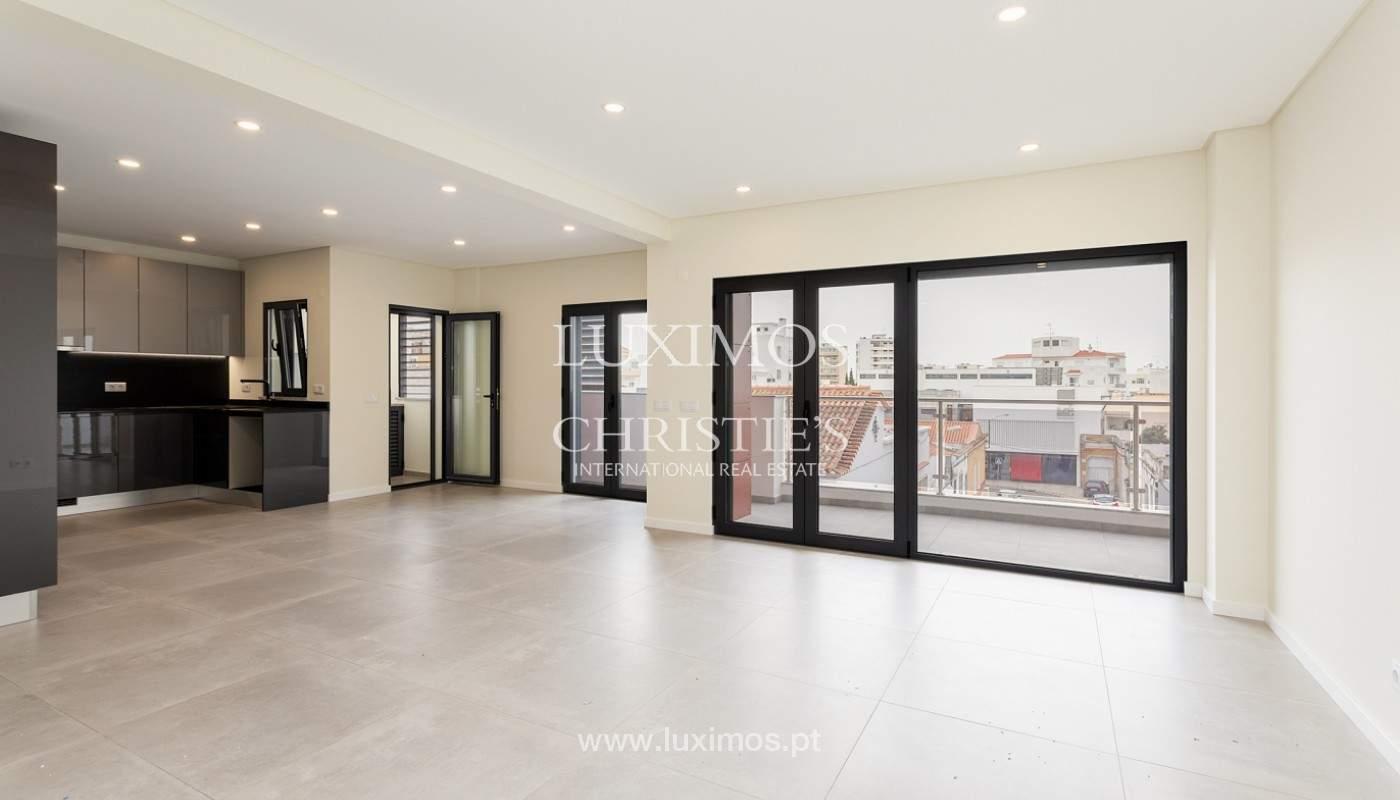 Modernes 4-Zimmer-Apartment, mit teilweisem Blick auf die Ria Formosa, Faro, Algarve_159456