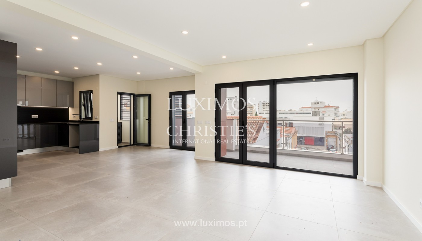 Modern 4 bedroom apartment, with partial view of Ria Formosa, Faro, Algarve_159456