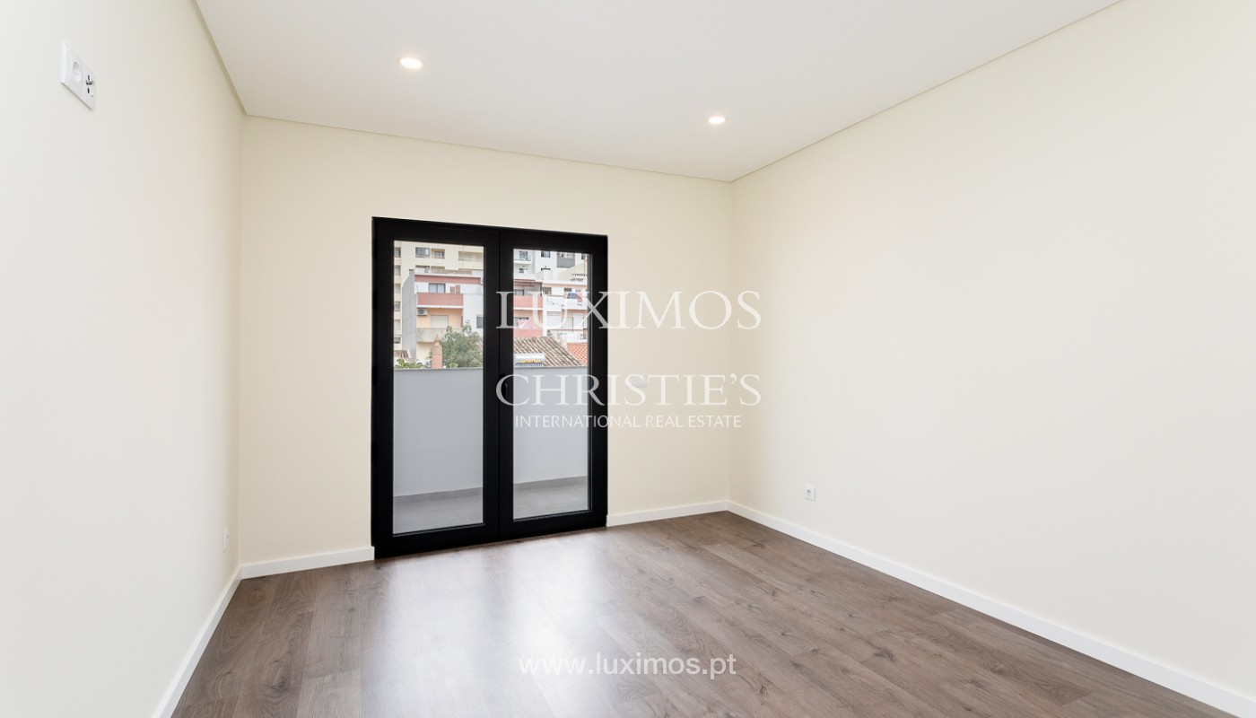 Modern 4 bedroom apartment, with partial view of Ria Formosa, Faro, Algarve_159466