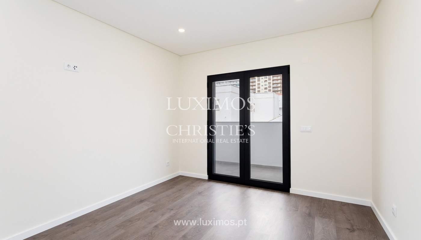 Modernes 4-Zimmer-Apartment, mit teilweisem Blick auf die Ria Formosa, Faro, Algarve_159467