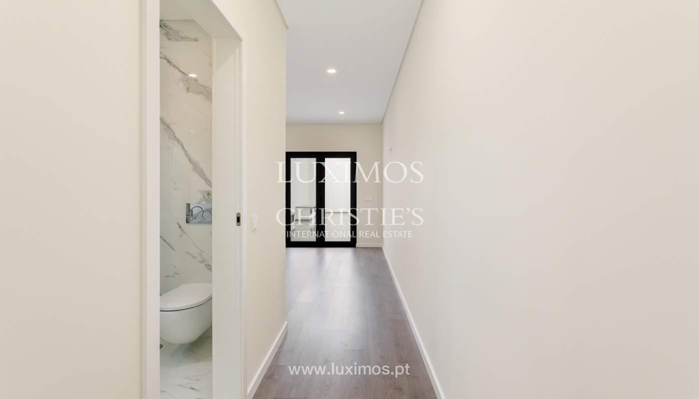 Moderno apartamento de 2 dormitorios con gran terraza, Faro, Algarve_159513