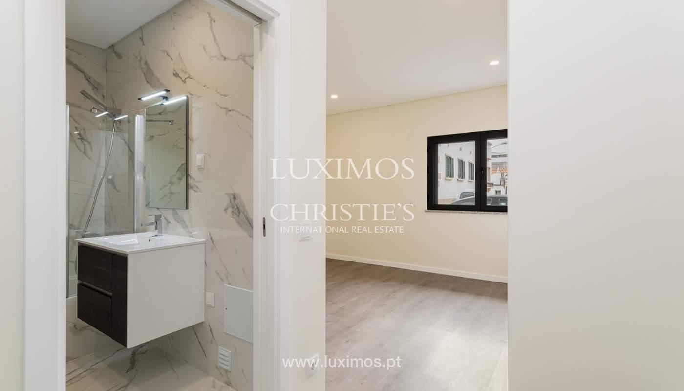 Moderno apartamento de 2 dormitorios con gran terraza, Faro, Algarve_159516
