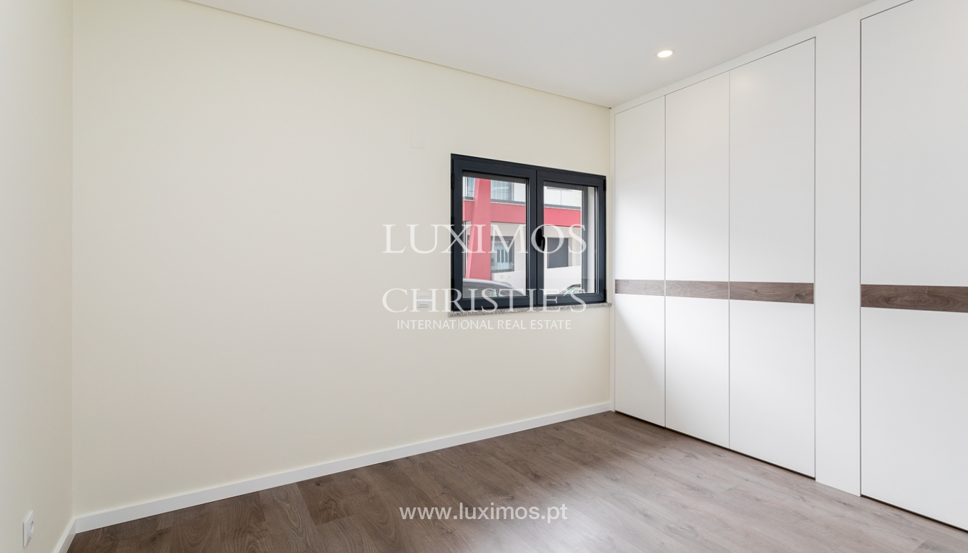 Moderno apartamento de 2 dormitorios con gran terraza, Faro, Algarve_159517