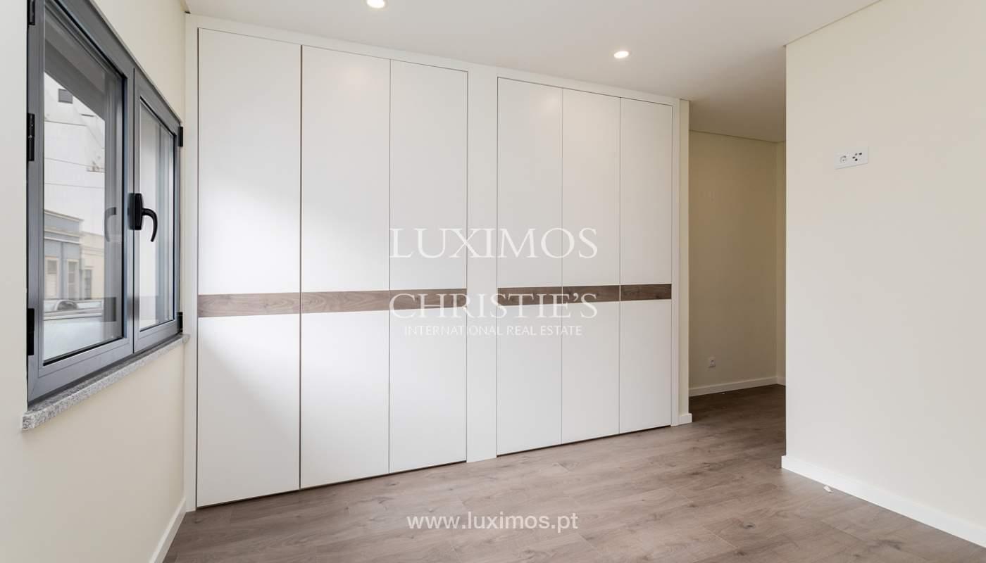 Moderno apartamento de 2 dormitorios con gran terraza, Faro, Algarve_159519