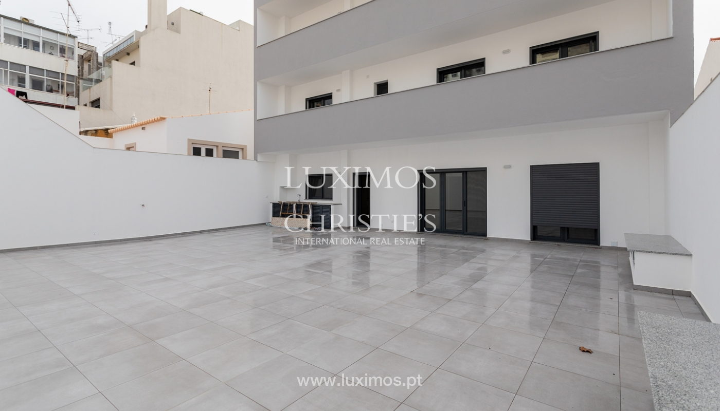 Moderno apartamento de 2 dormitorios con gran terraza, Faro, Algarve_159523