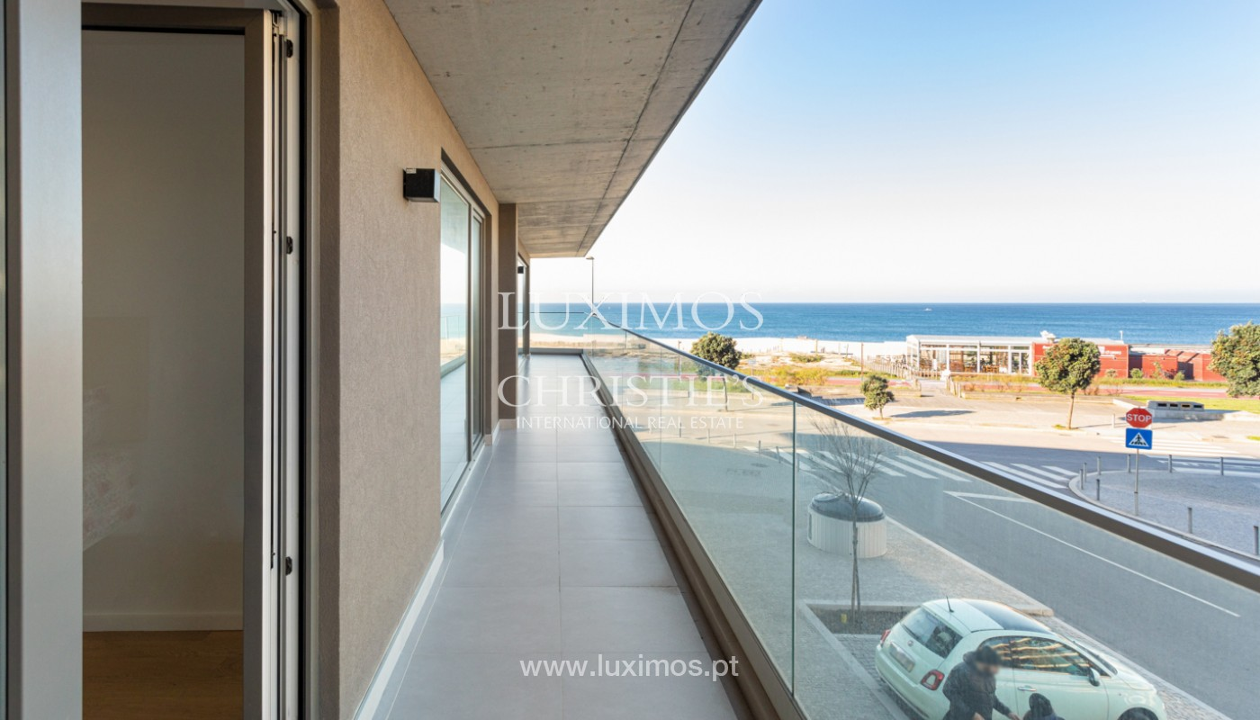 Apartment with balcony, for sale, on 1st line of sea, in Canidelo, Porto, Portugal_159627