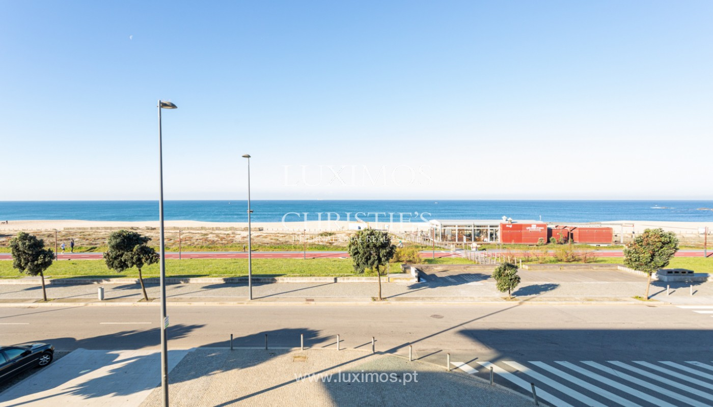 Apartment with balcony, for sale, on 1st line of sea, in Canidelo, Porto, Portugal_159629