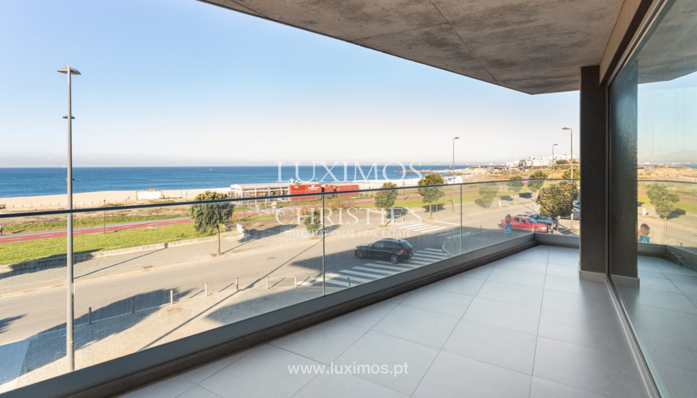 Apartment with balcony, for sale, on 1st line of sea, in Canidelo, Porto, Portugal_159630
