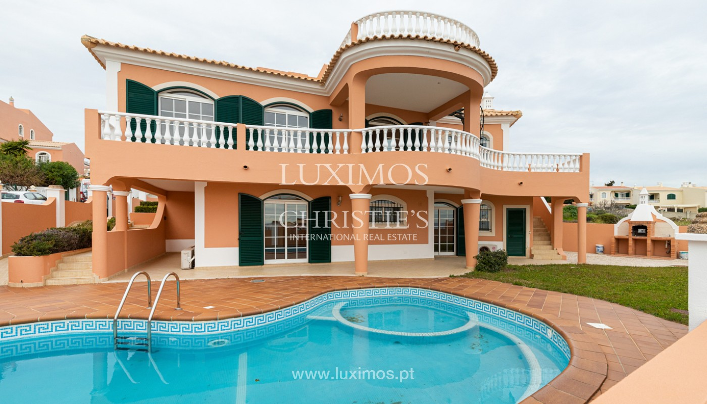 Villa with 3 Bedrooms, with sea view, Praia da Luz, Lagos, Algarve_159696