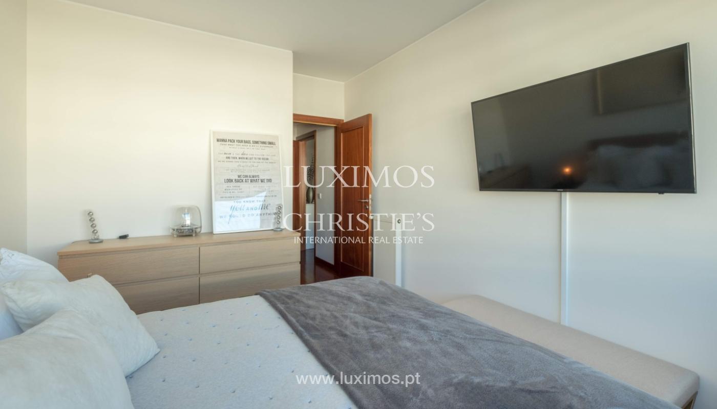 Der Verkauf der Wohnung in der 1. Zeile auf das Meer, Porto, Portugal_159702