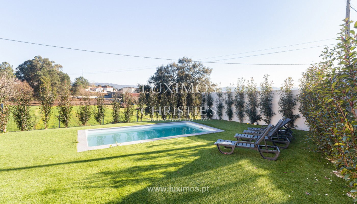 Contemporary house with swimming pool and garden, for sale, in Paredes, North of Portugal_159920